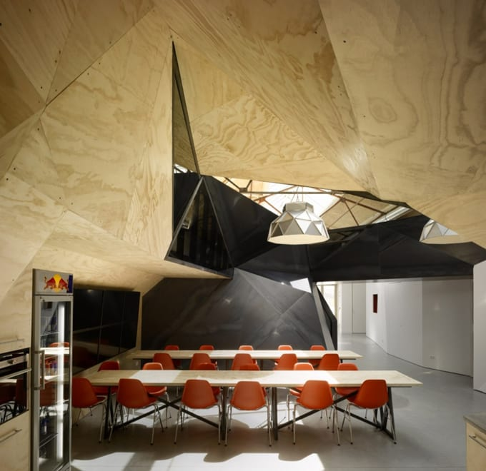 Crazy office design the world 39 s best office interiors for Best office design in the world
