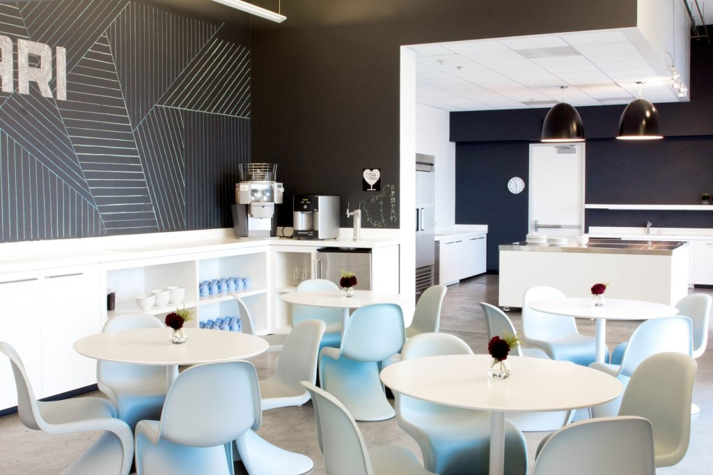 airbnb-cool-office-design-cool-office-interiors-pantone-vitra-cahir-breakout