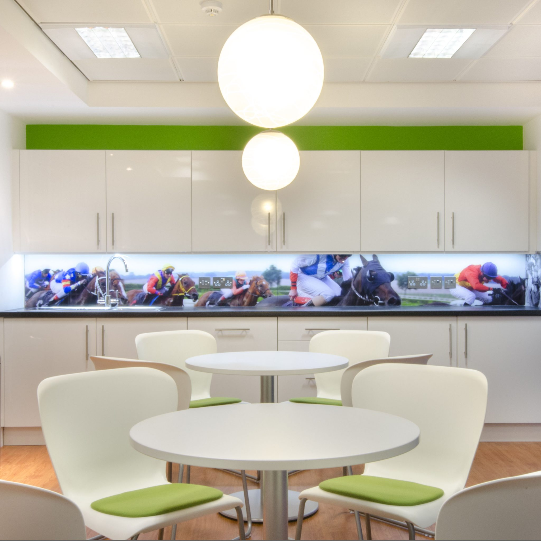 Office Design, Fit Out & Refurbishment UK