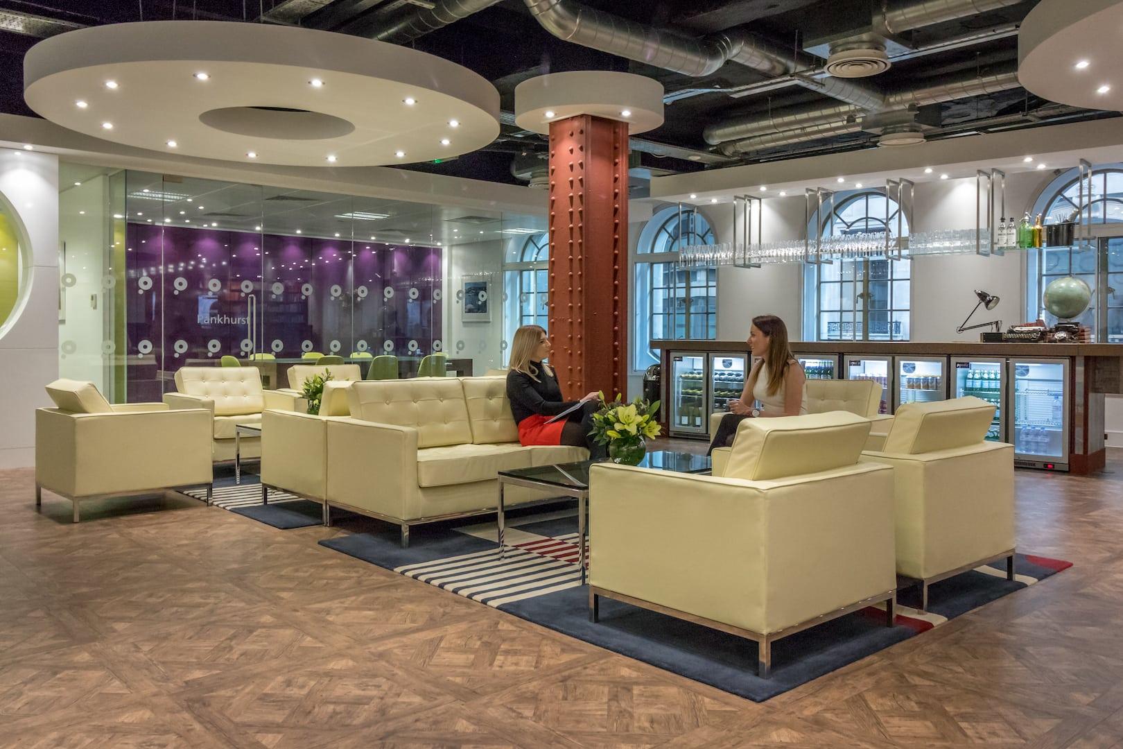 Paragon Insurance - Business Interiors